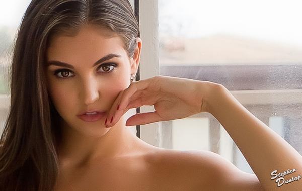 Jaclyn Swedberg4